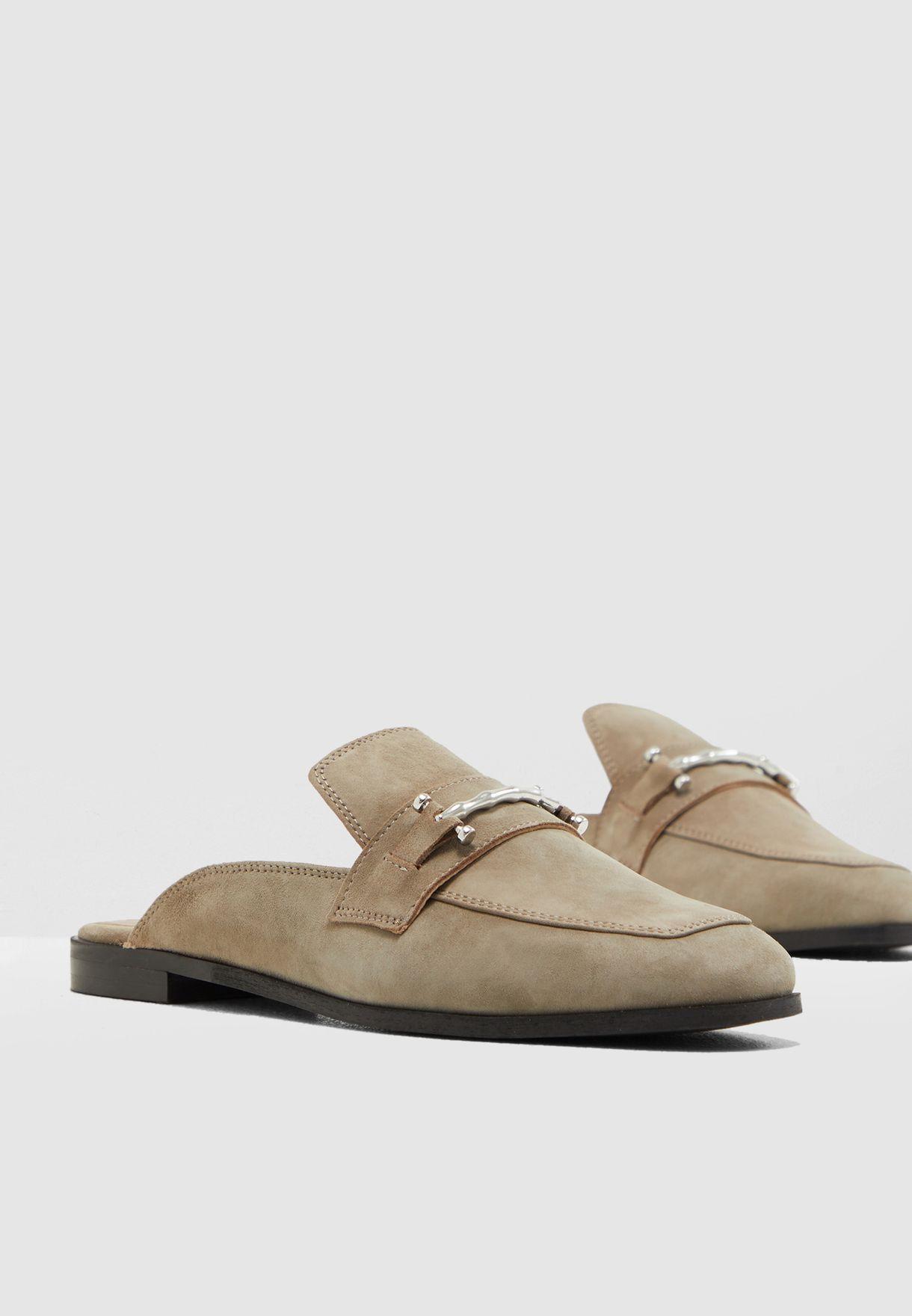 حذاء من الشامواه الاصلي