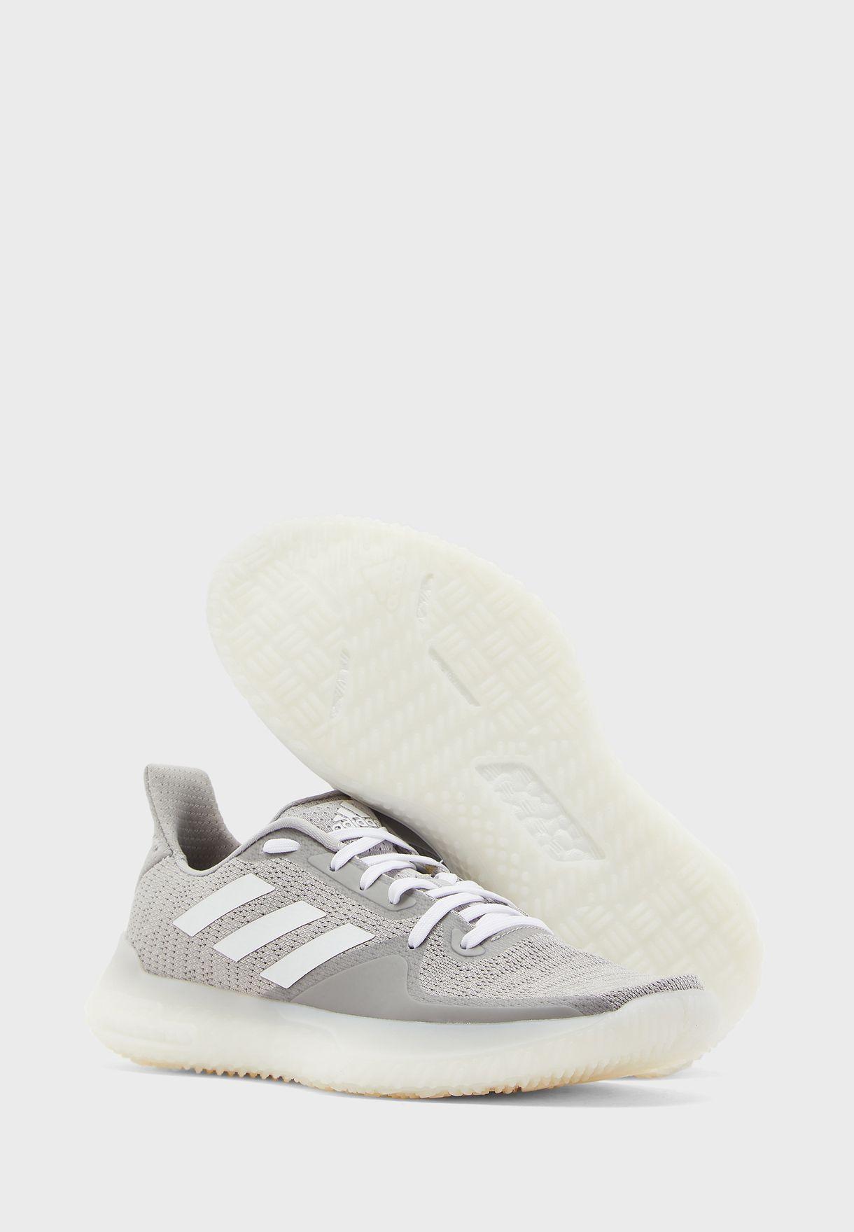 حذاء فيت بي آر ترينر