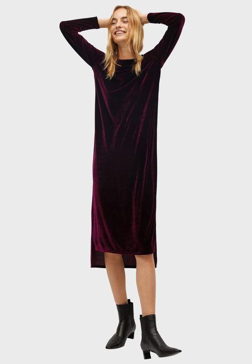 فستان مخملي متباين الطول