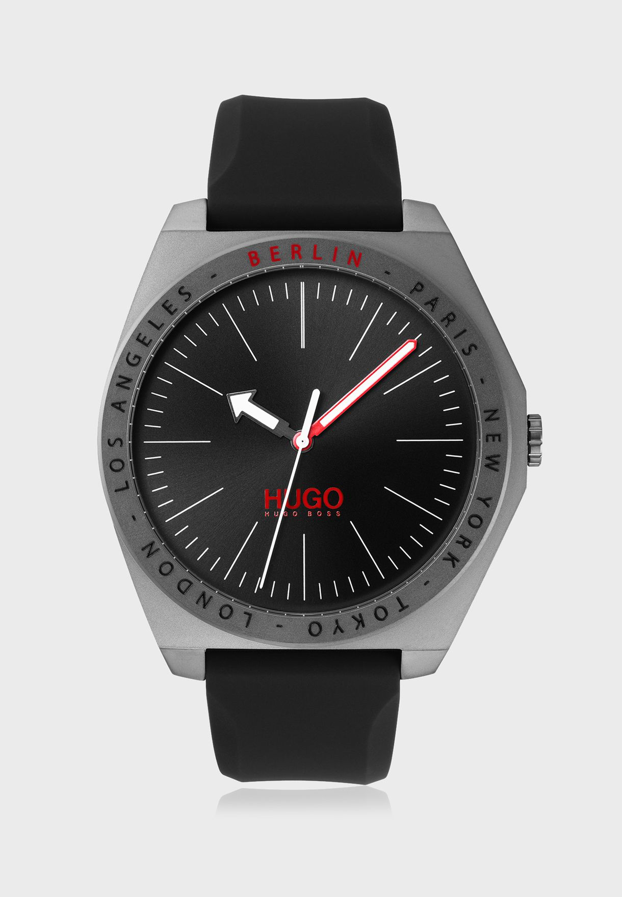 1530104 Analog Watch