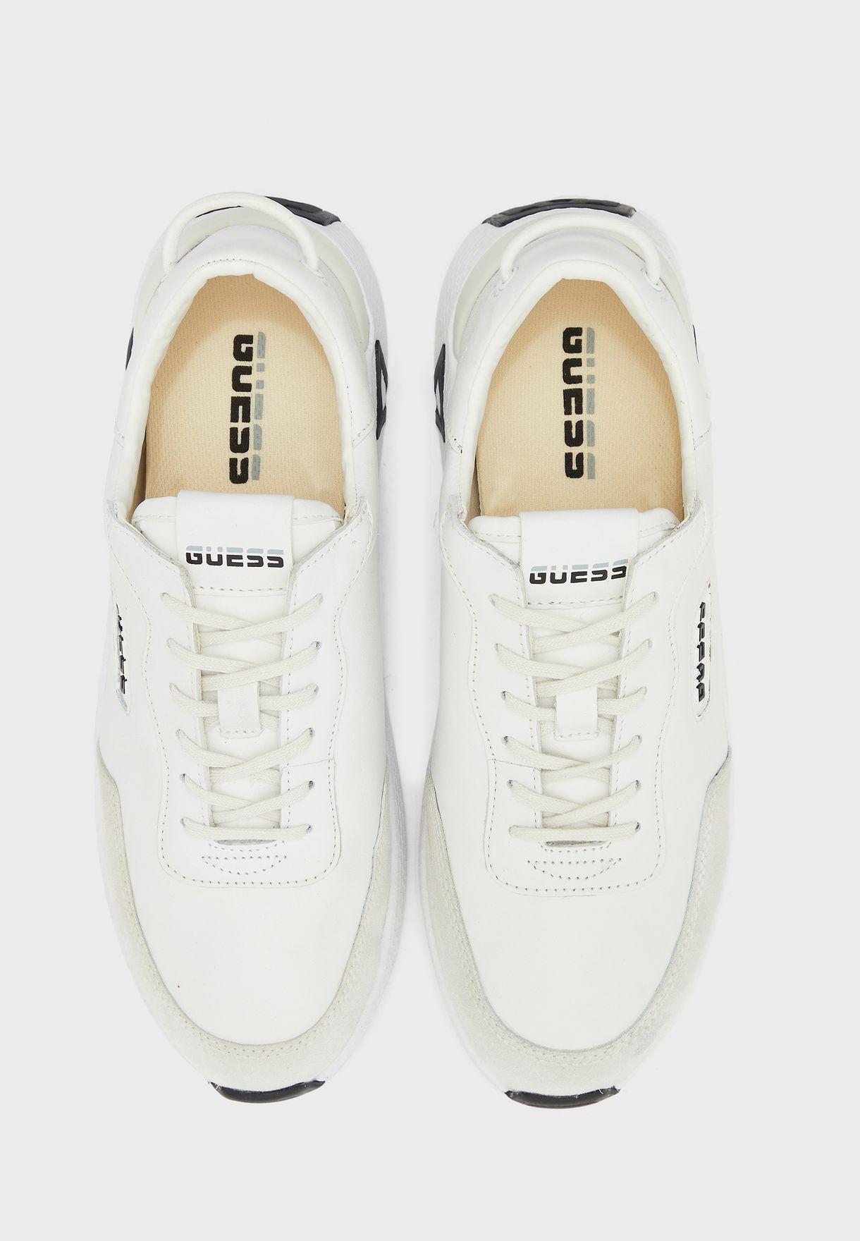Modena Low Top Sneakers