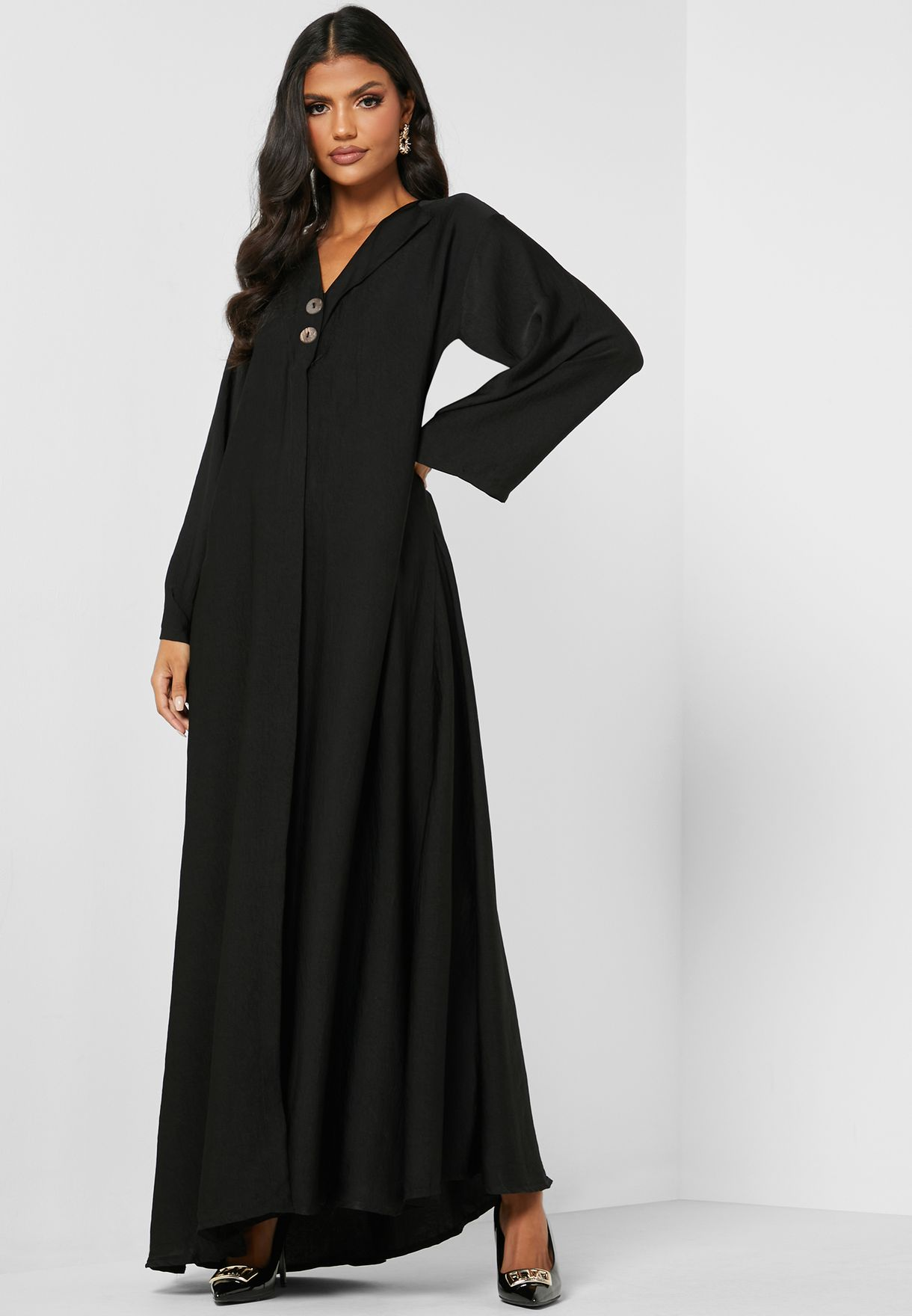 Button Detail Pleated Abaya