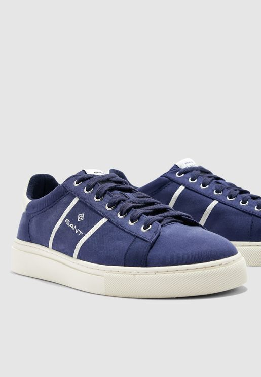 حذاء سنيكرز مبطن