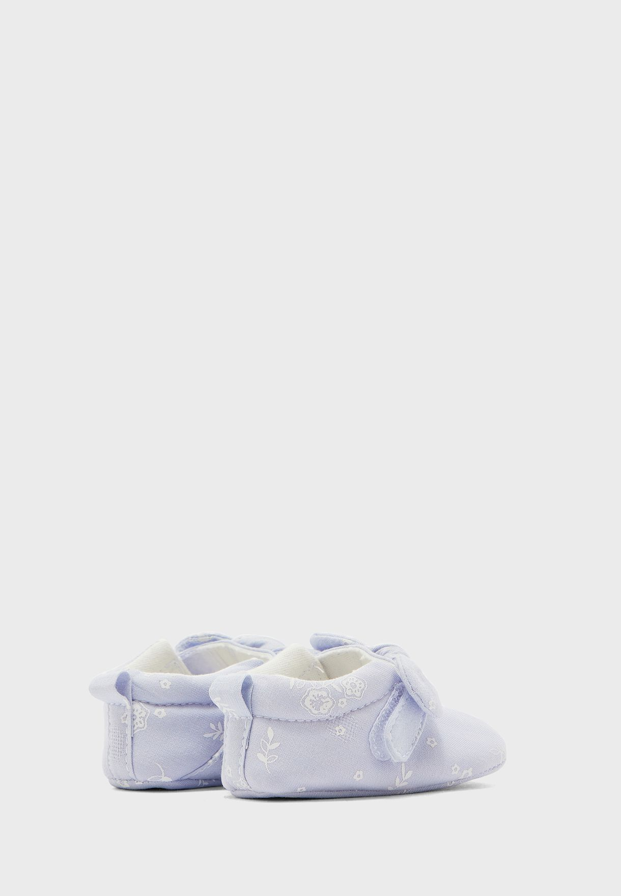 Infant Knot Detail Booties
