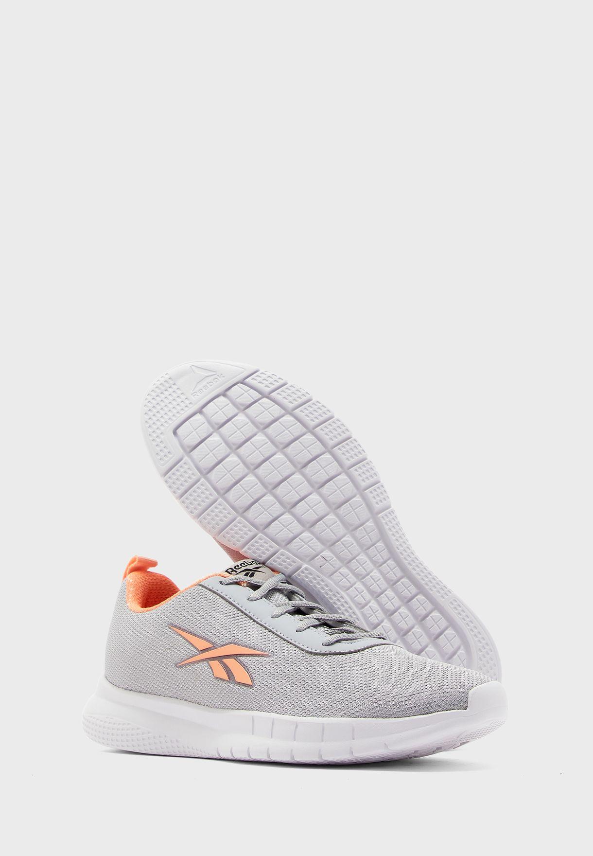 حذاء سترايد رنر
