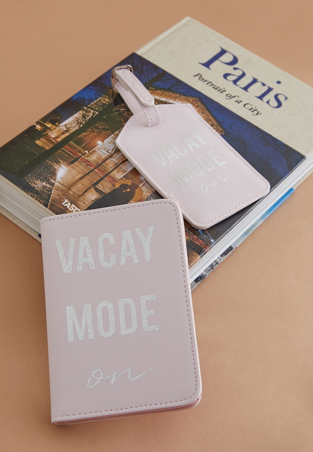 Everyday Vacay Passport Holder Set