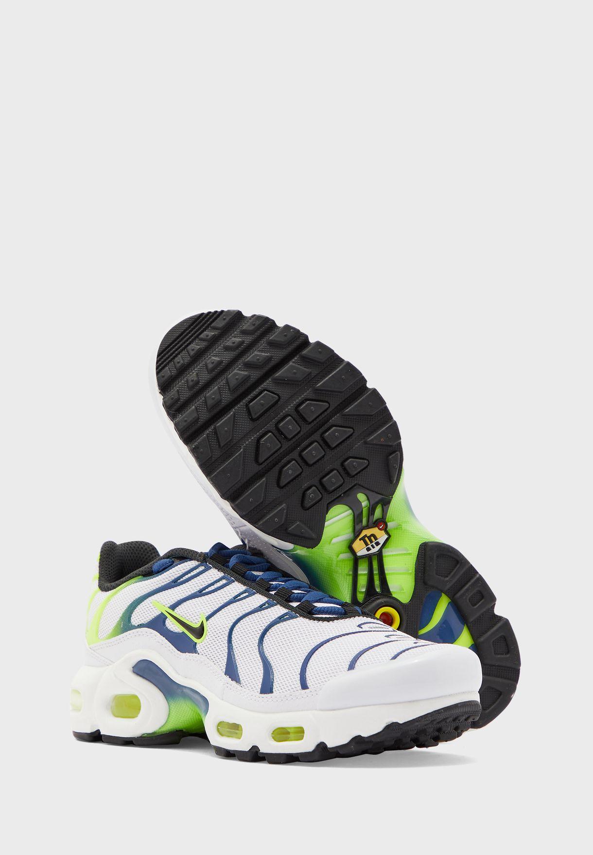 حذاء اير ماكس بلاس