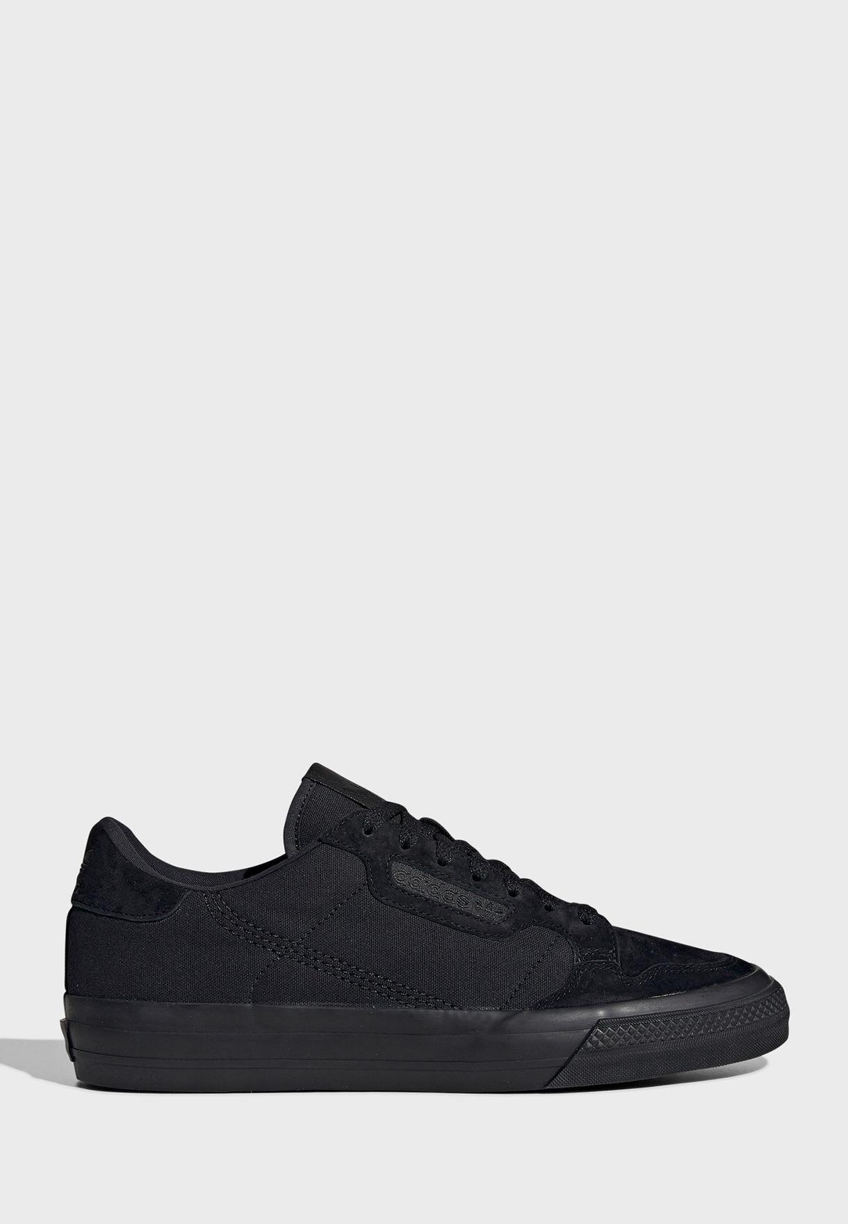 حذاء كونتيننتال فالك