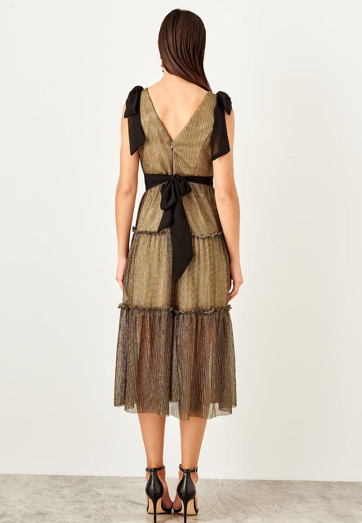 c2de90389e Shop Trendyol green Tie Shoulder Contrast Detail Shimmer Dress ...