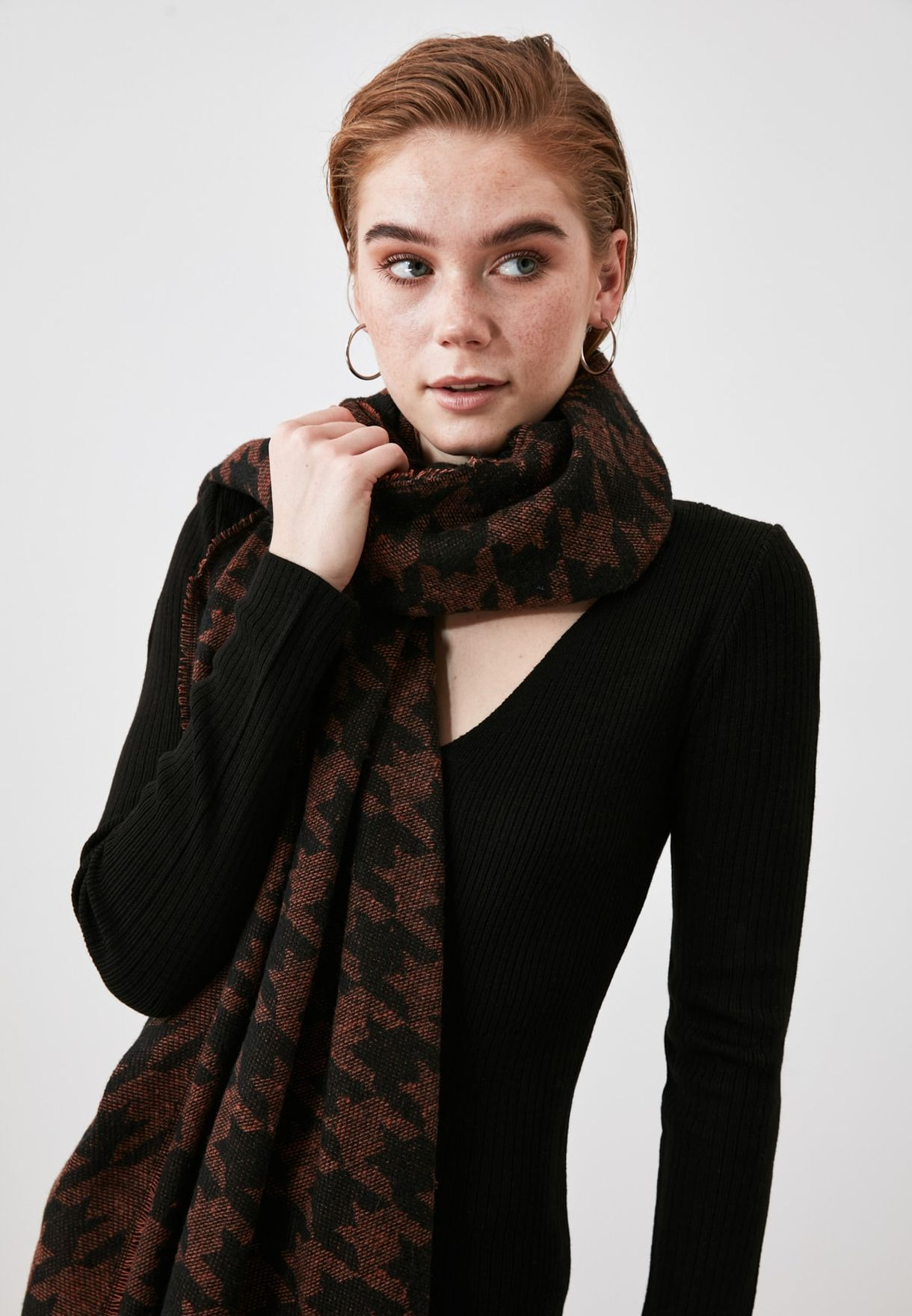 Patterned Textured Scarf