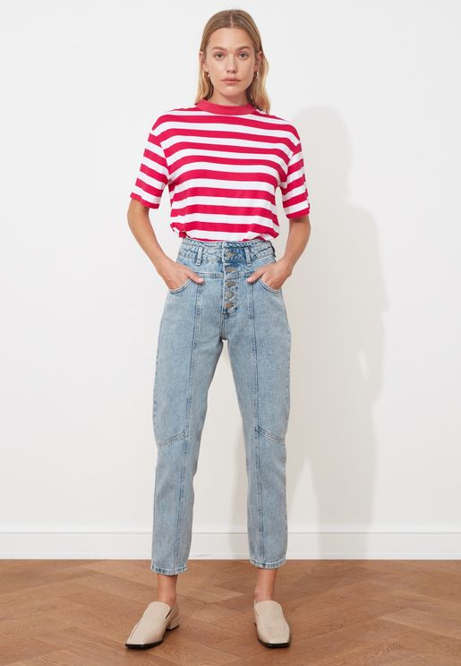 جينز عصري مزين بازرار