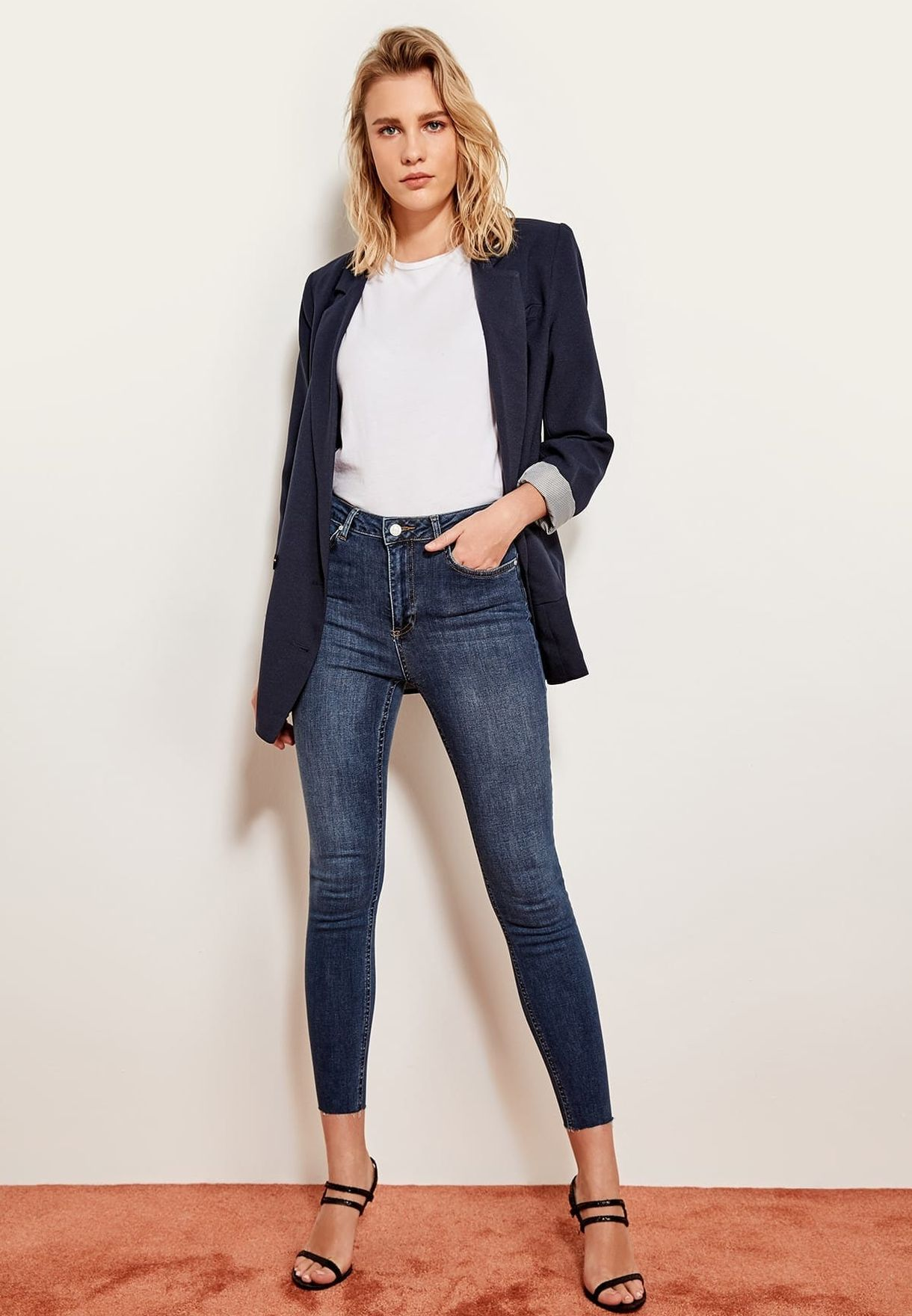 Cut- Out High Waist Skinny Jeans