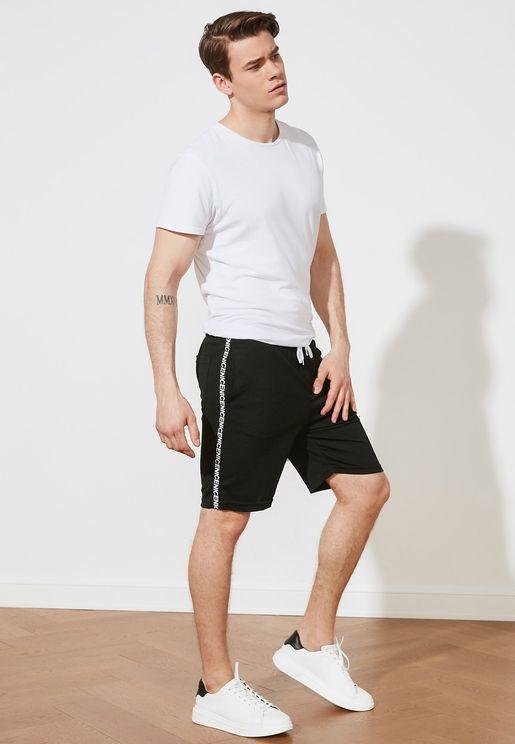 Regular Fit Essential Shorts