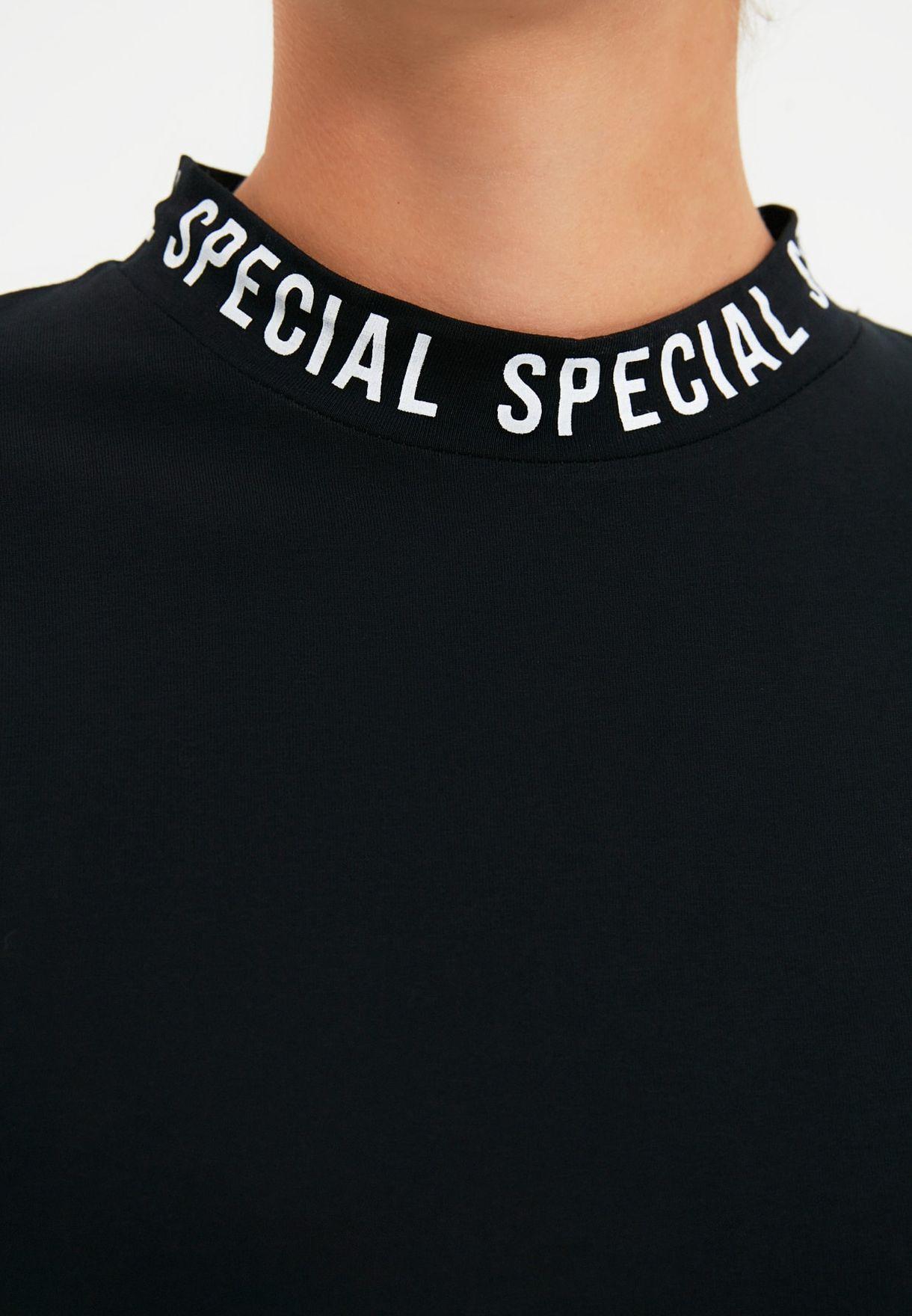 Trendyol Contrast Trim T-shirt - Fashion