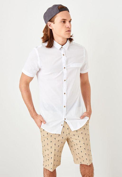 Fillet Pocket Slim Fit Shirt