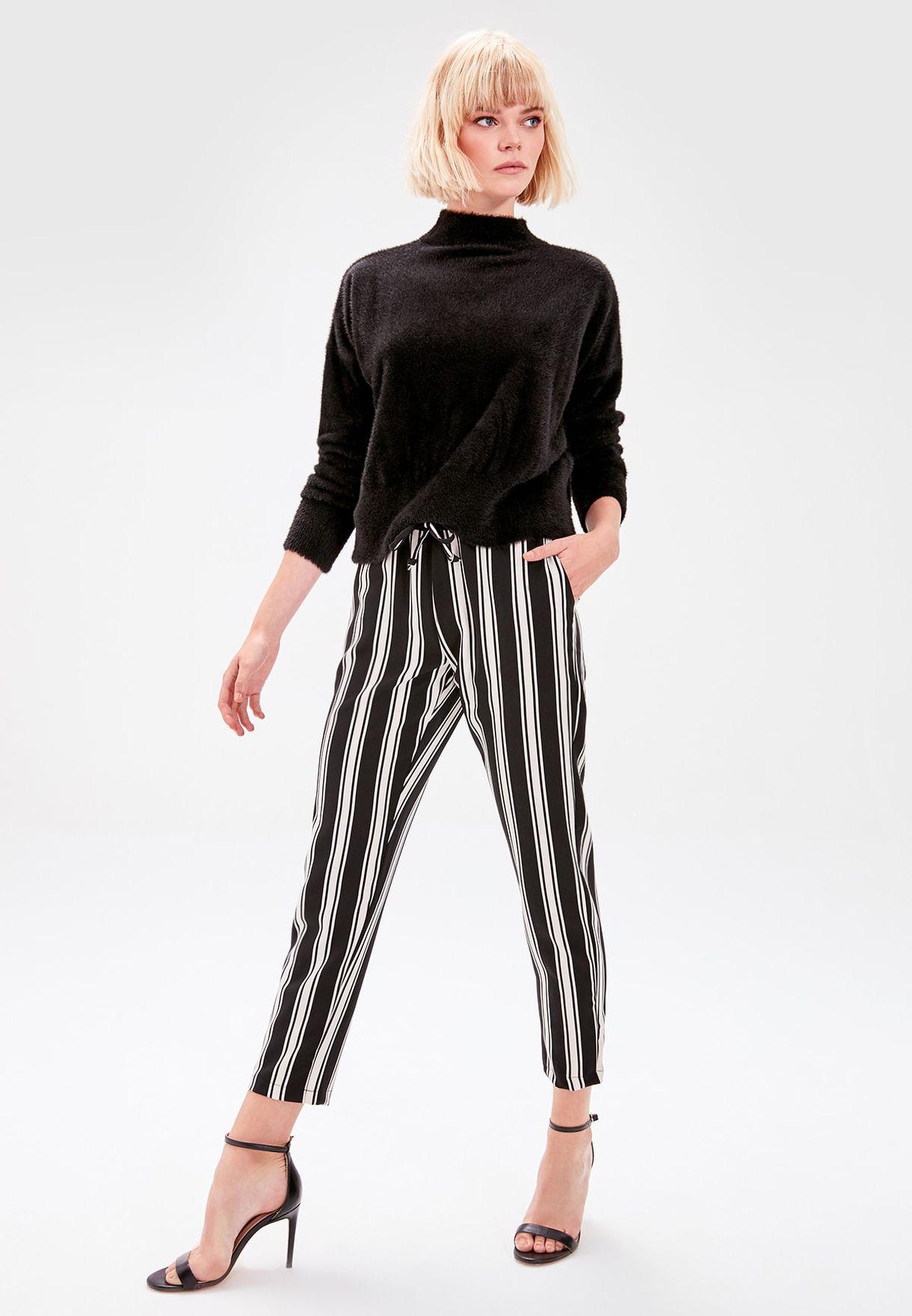 Buy Trendyol Stripes Striped Crop Pants For Women, Uae 27680atvrhhp