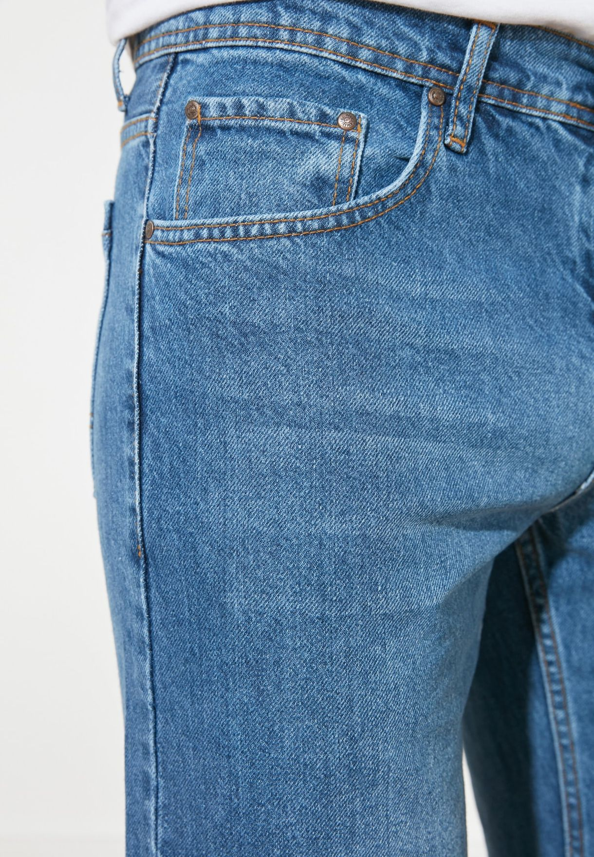 Light Wash Straight Fit Jeans