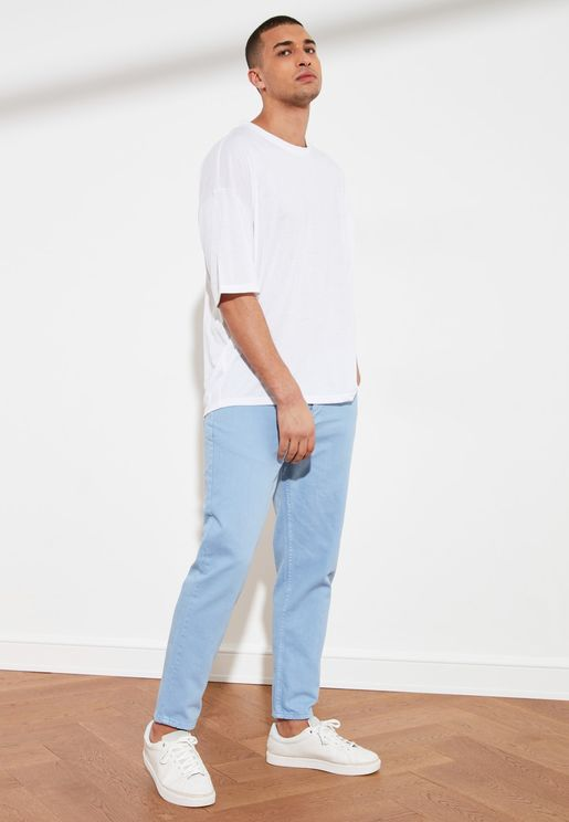 Light Wash Relaxed Fit Jeans