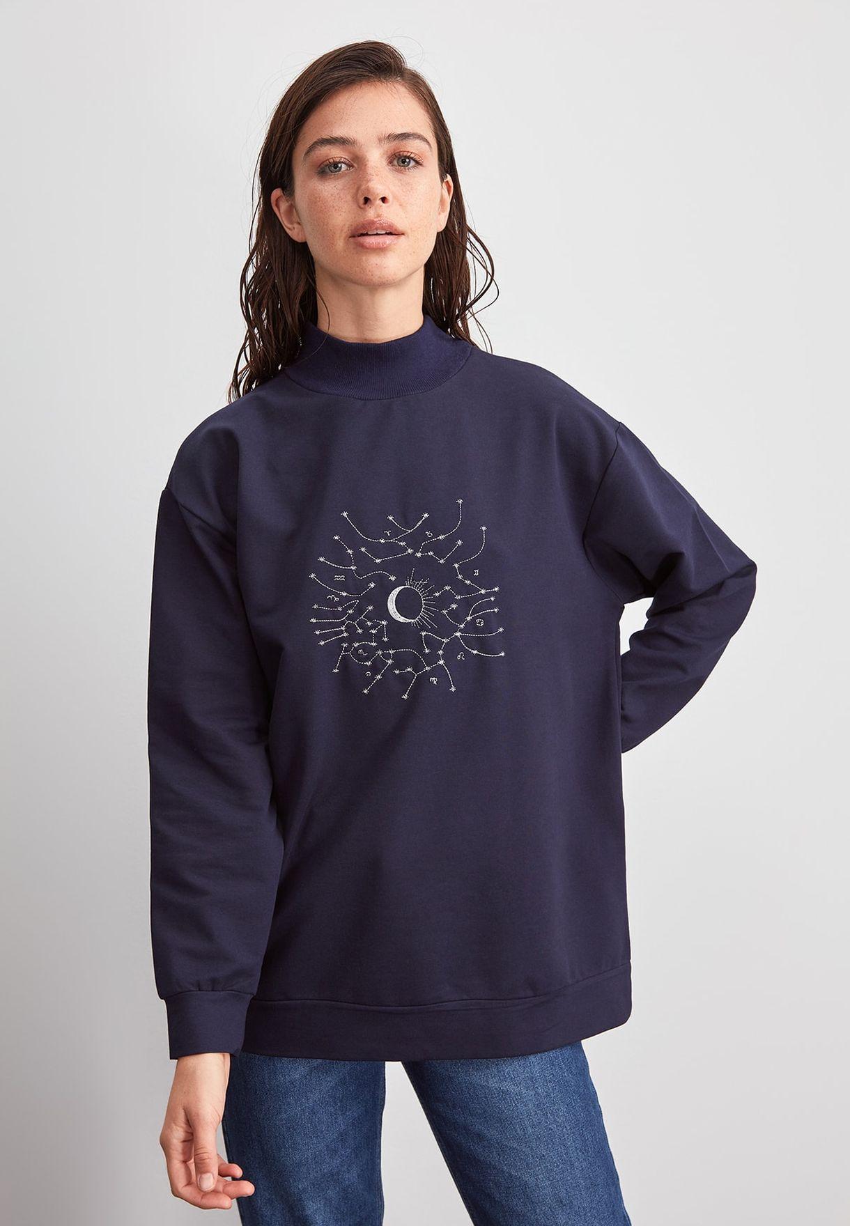 Graphic Oversized Sweatshirt