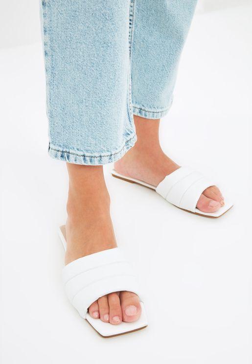 White Flat Toe Women'S Slippers