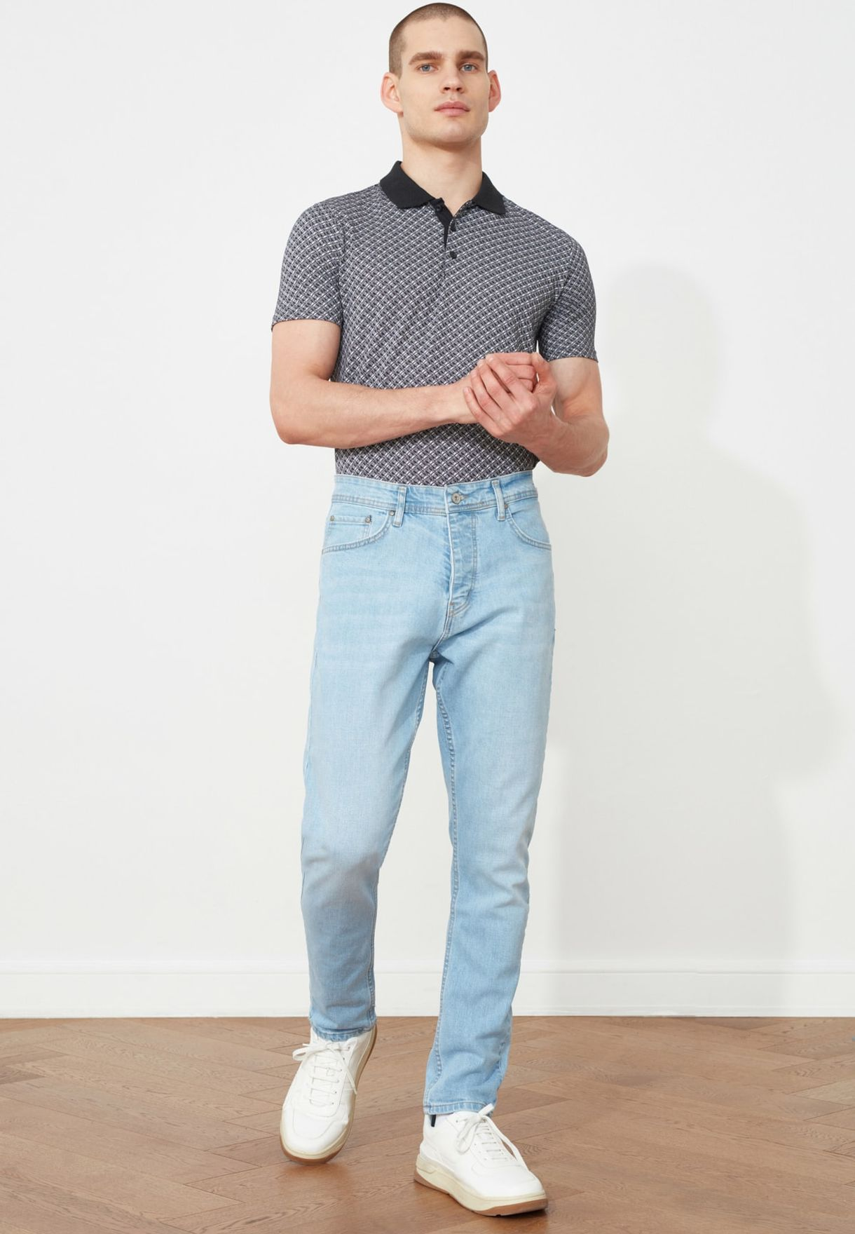 Light Wash Tapered Fit Jeans