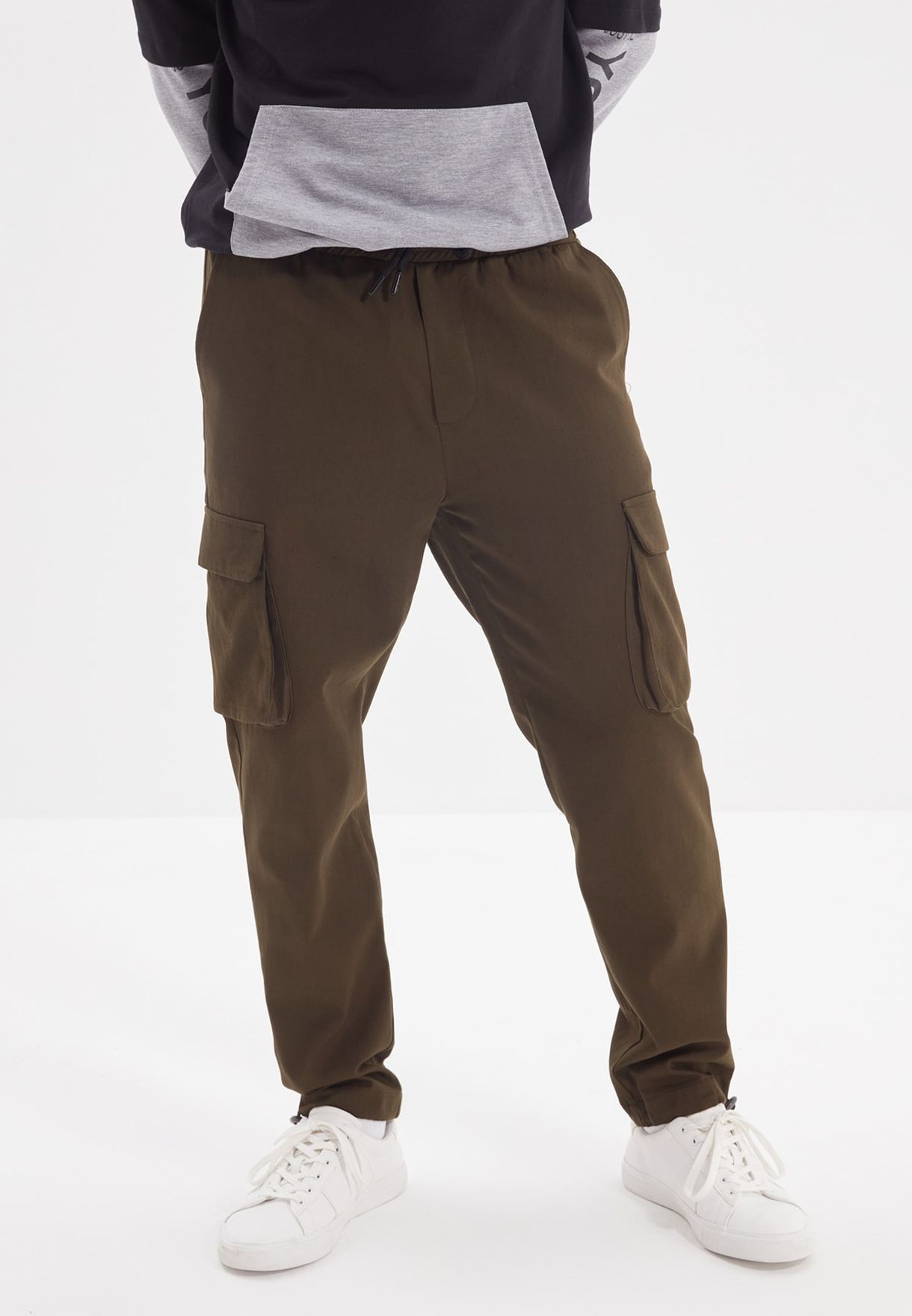 Relaxed Cargo Pants