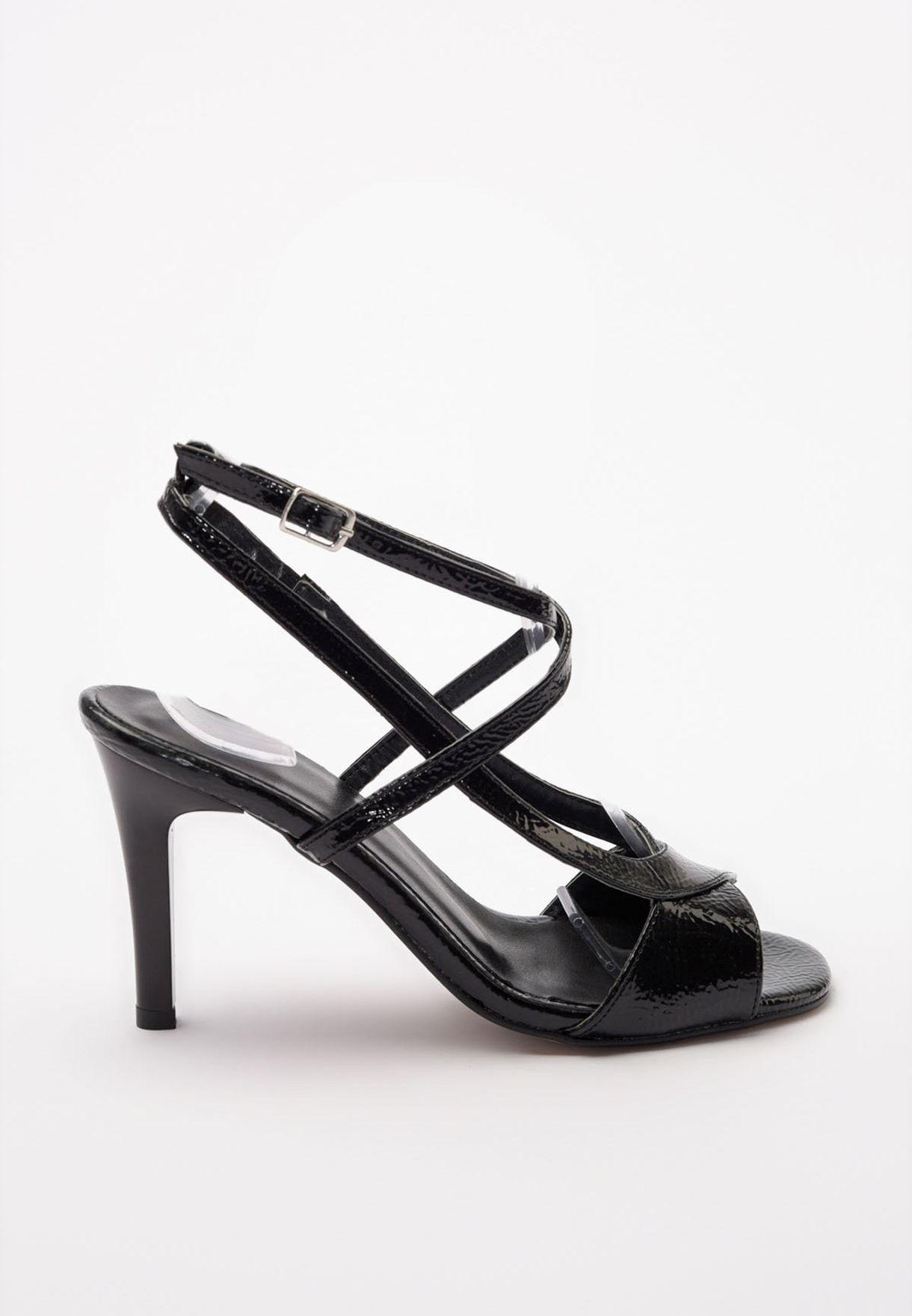 Buckle Detail Cross Strap Sandal