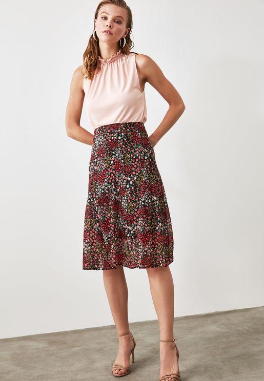 تنورة ميدي بطباعة زهور