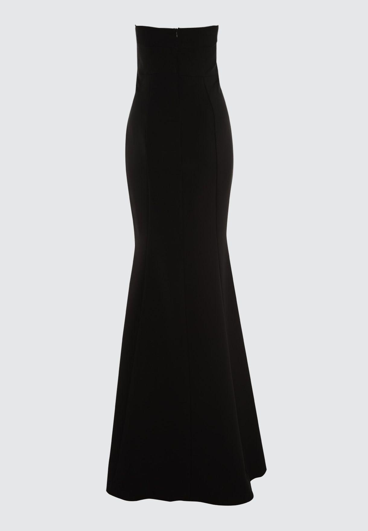 فستان بنمط ذيل السمكة