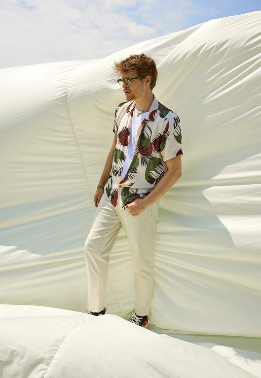 Light Wash Straight Wash Jeans