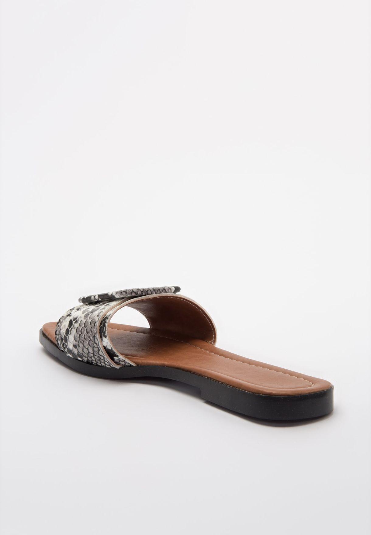 Trendyol Buckle Detail Wide Strap Flat Sandal - Brand Shoes