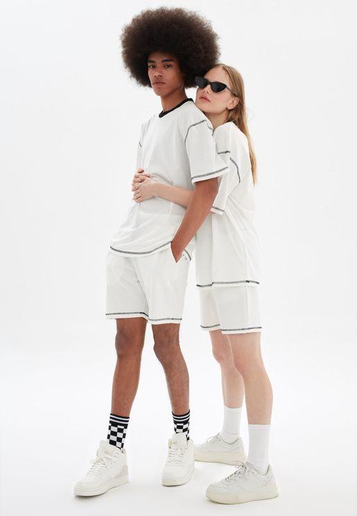 Essential Regular Fit Shorts & Bermuda