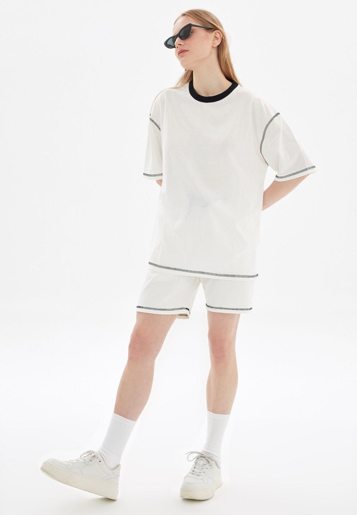 Essential Regular Fit Shorts