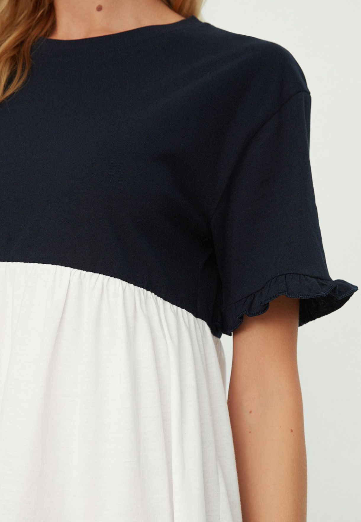 Ruffle Hem Colorblock Dress