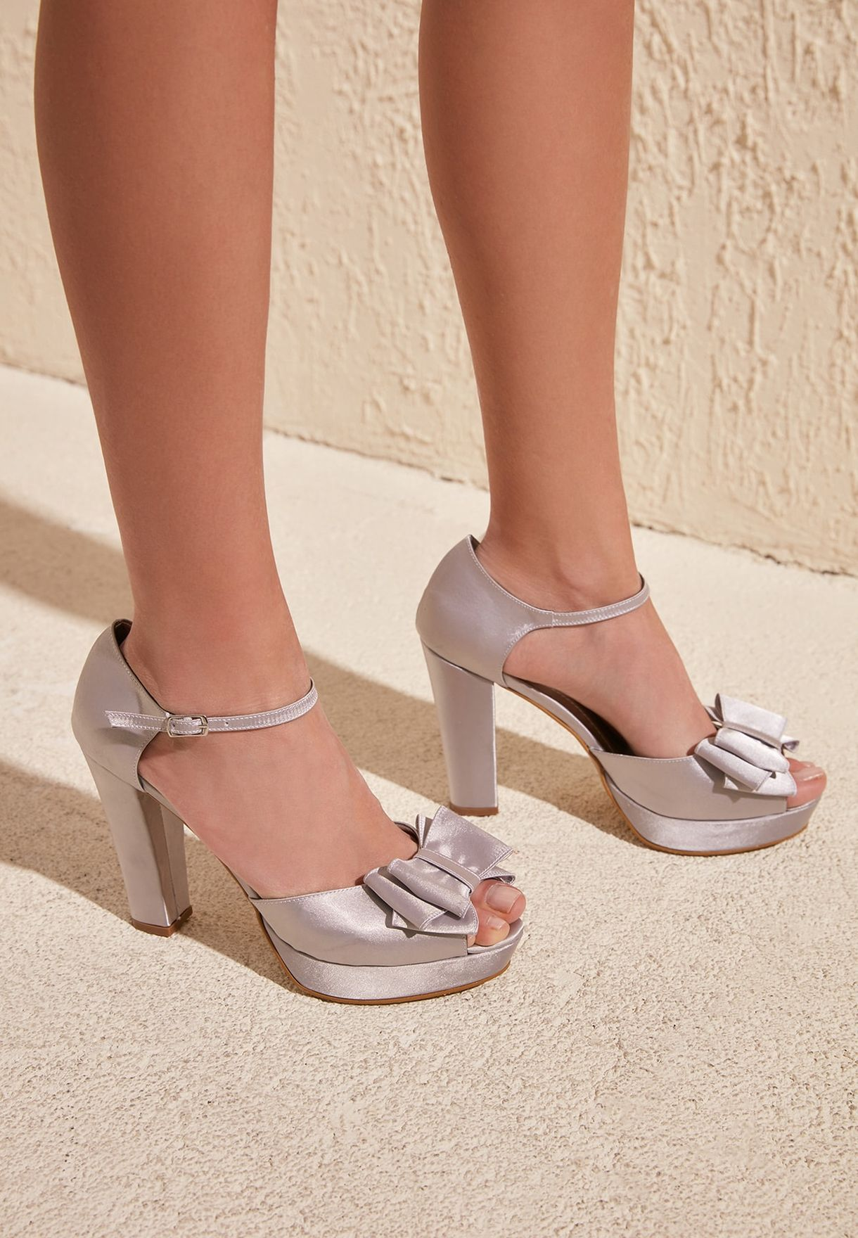 Ankle Strap Peep Toe Pump